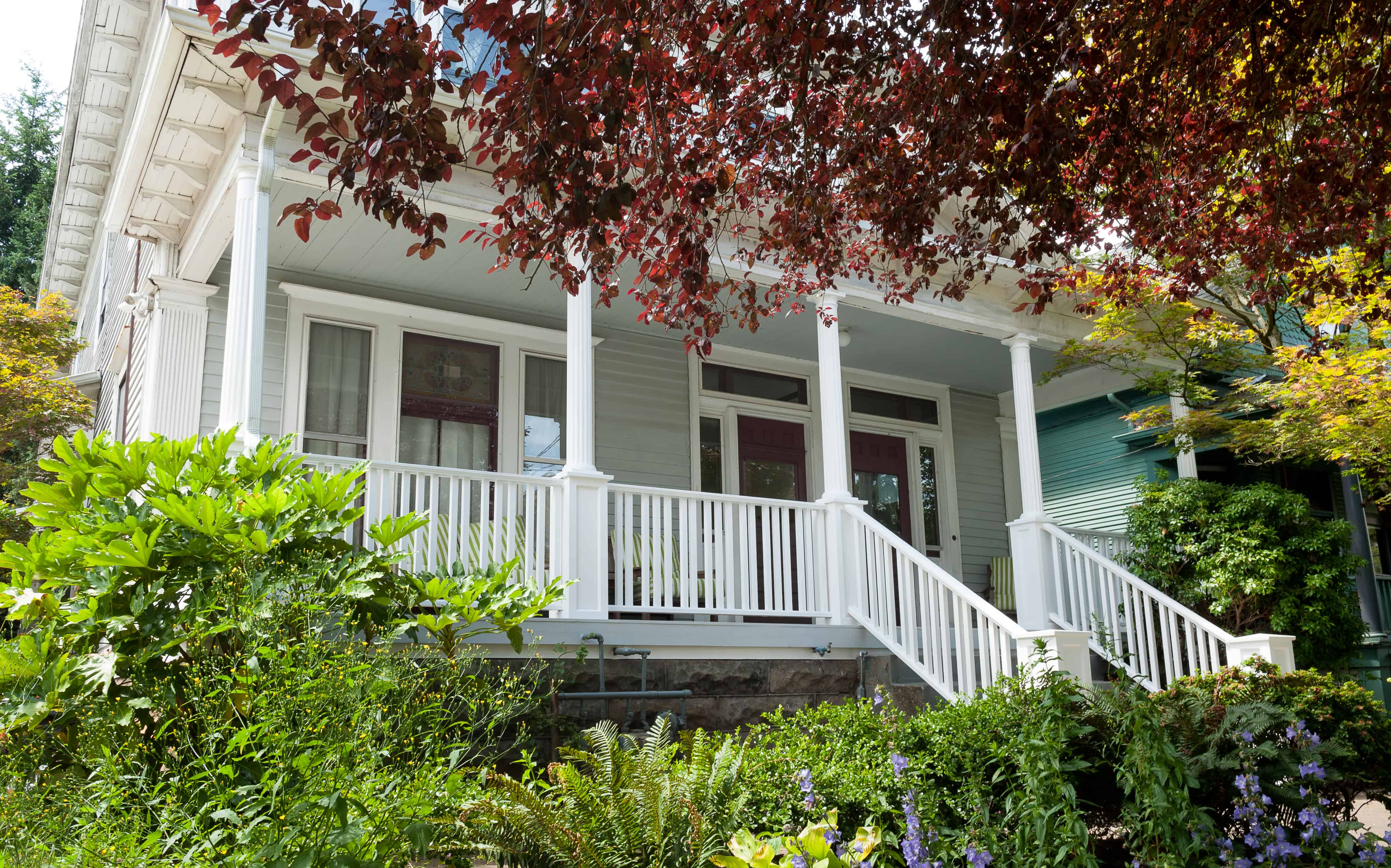 Neil Kelly remodeled this classic American Foursquare