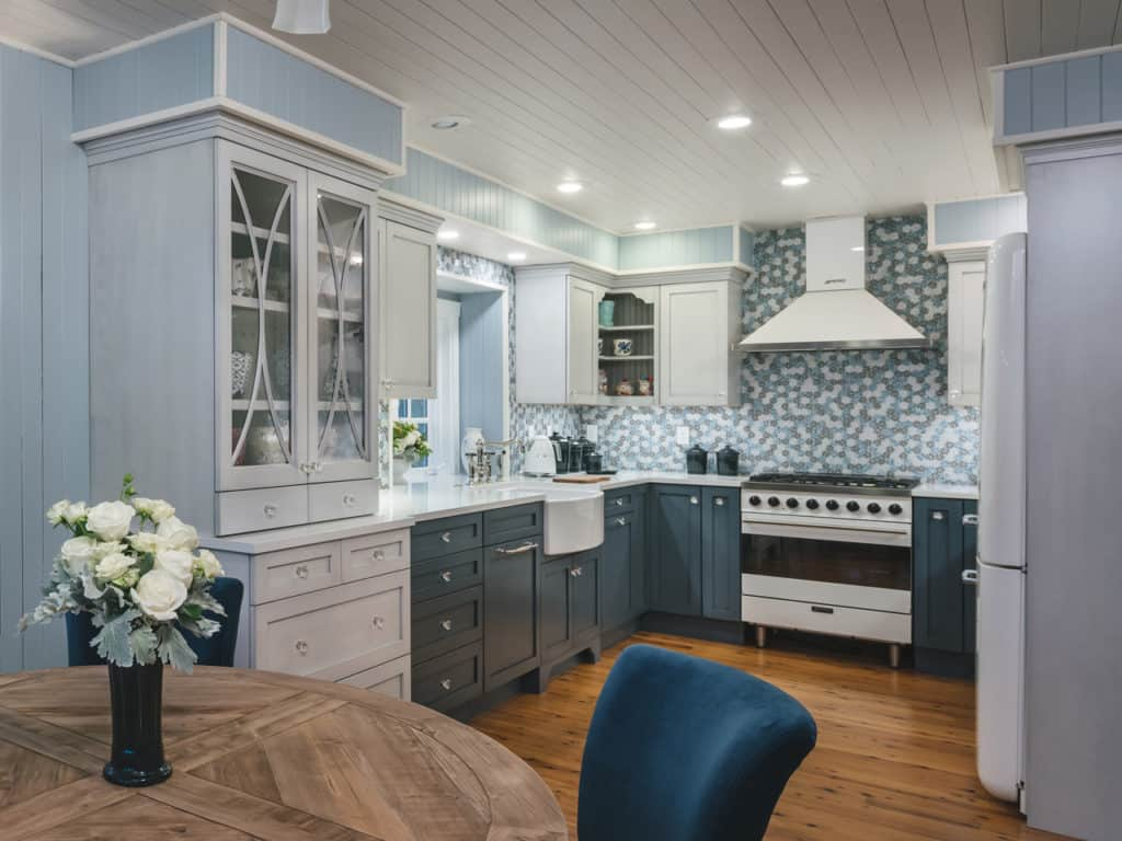 Classic Blue Kitchen 001